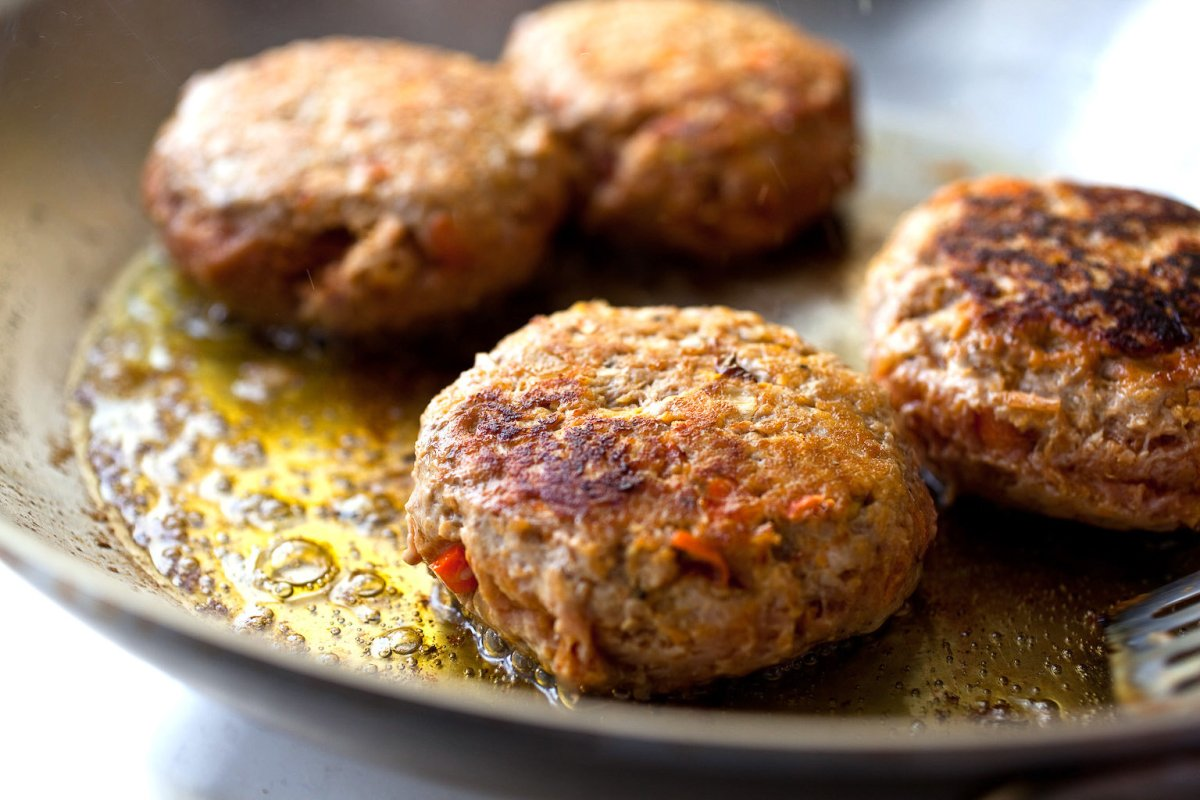 Sun-dried Tomato & Basil White Bean Burgers – Personal Fitness ...